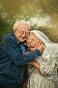 Read more about the article Pics Of A Couple In Their 90s – Has Been Together For 72 Years